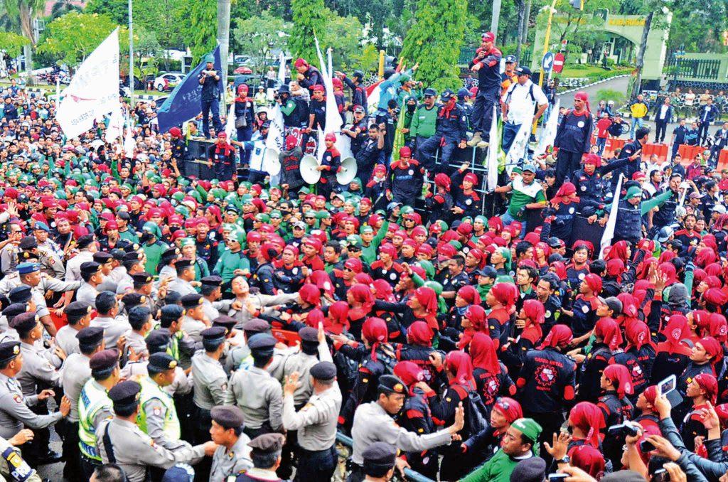 Mai Day ( Hari Buruh International )